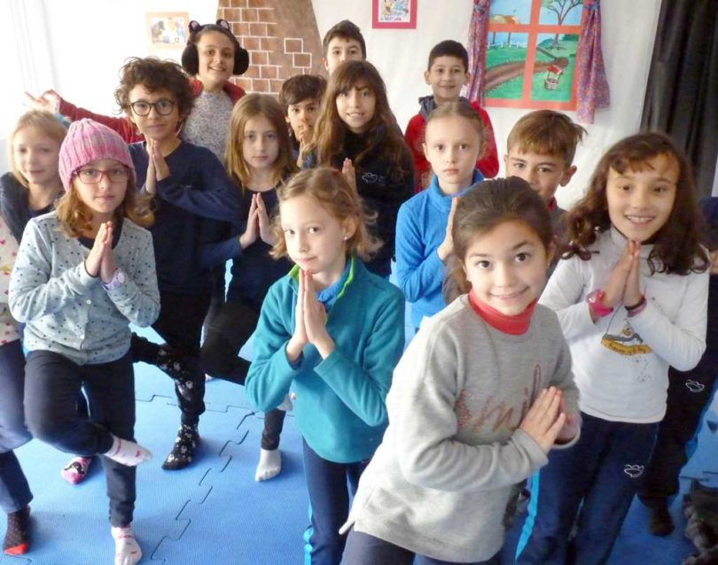 Yoga - Semana do que não se aprende na escola | Projektwoche